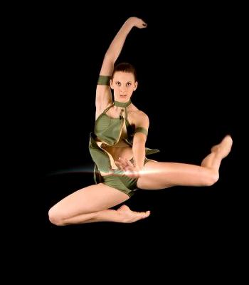 Eden Pratten dancing